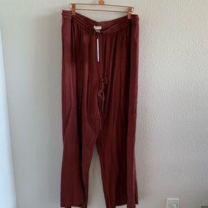 NWT Roxy Open Sided Leg Pants   L